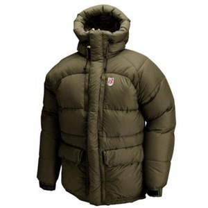 FJALL RAVEN(フェールラーベン) THERMO 2 DOWN JACKET L 246(Tarmac)