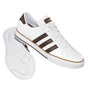 adidas(アディダス) デイリーバルカ 25.5cm ランニングホワイト×エスプレッソ×ダークサンド