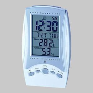 ADESSO(アデッソ) 湿度電波クロック C-8175