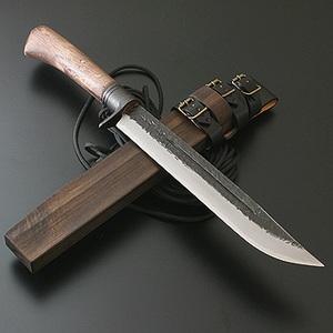 【送料無料】関兼常 関伝古式和鉄製錬 鬼神狩猟匠・両刃 240mm CW-17