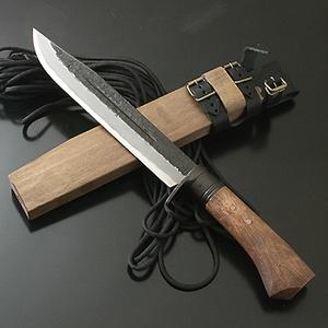 【送料無料】関兼常 関伝古式和鉄製錬 雷神狩猟匠・両刃 210mm CW-31