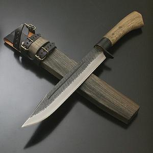 【送料無料】関兼常 関伝古式和鉄製錬 雷神狩猟匠・両刃 刃長:240mm CW-32