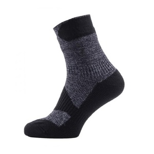 SEALSKINZ(シールスキンズ) Walking Thin Ankle M Dark Grey×Black 111161702-001