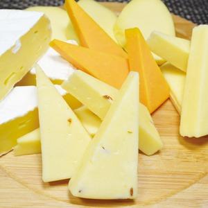 おおともチーズ工房 北海道オリジナル ナチュラルチーズセット (5種セット)【クレジットカード決済のみ】