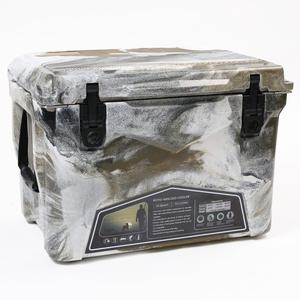 【送料無料】アイスランドクーラーボックス アイスランドクーラーボックス35QT (デザートカモ) デザートカモ