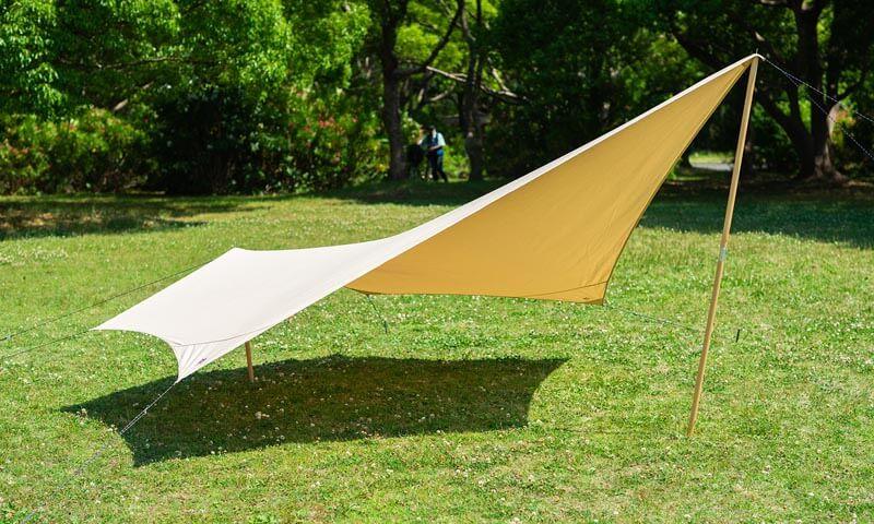 ハイランダー タープ トラピゾイドは、用途に合わせて張り方は自由自在